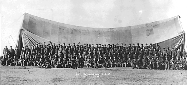 Personnel of 211 Squadron RAF 13 November 1918
